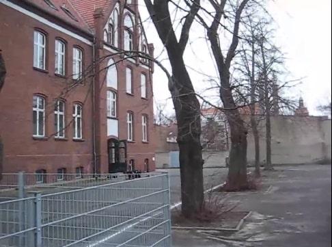 Entrauchung Schulgebäude mit einem Kleinlüfter